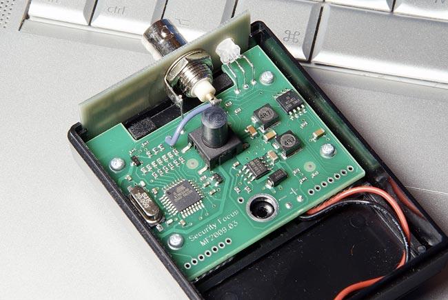 Так выглядит тестовый генератор TPG1000 Lite изнутри